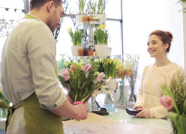Fall-Marketing-Flower-Shop-Customer