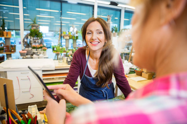 florist-working-with-other-businesses