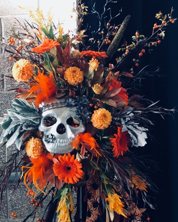 Skull-arrangement-halloween