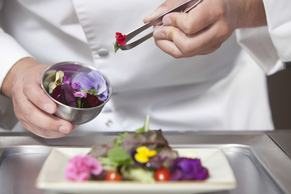 Chef-flowers-edible