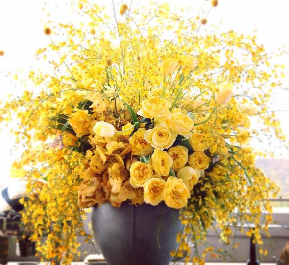 yellow-arrangement-2021