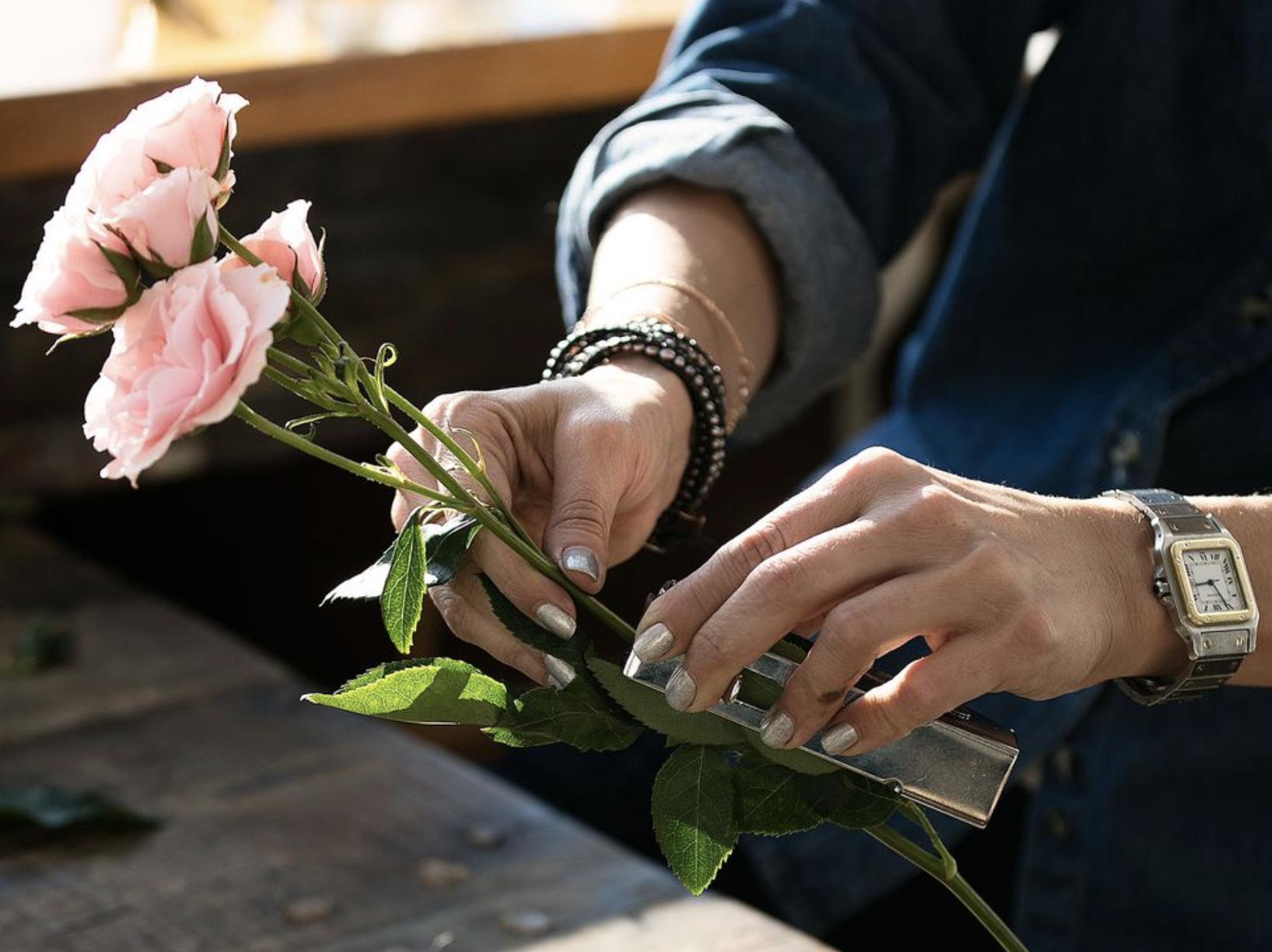 floral-tools-florist-thorn-stripper