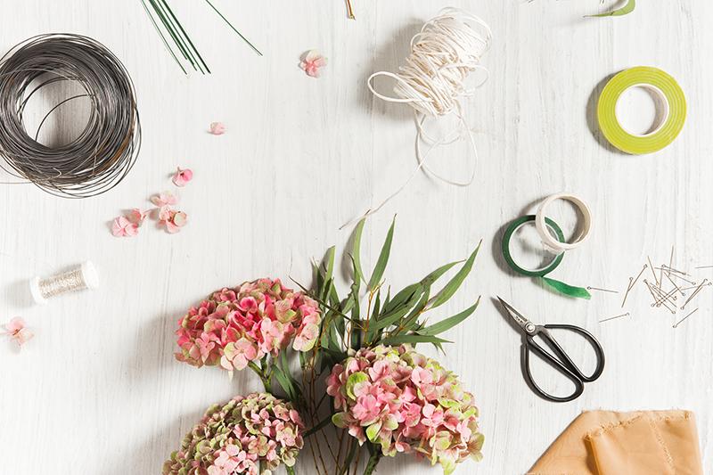 top-10-essential-florist-tools